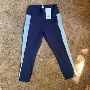 Fabletics NWT Cropped Compression Leggings
